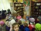 Bibliotekę odwiedziły dzieci_9